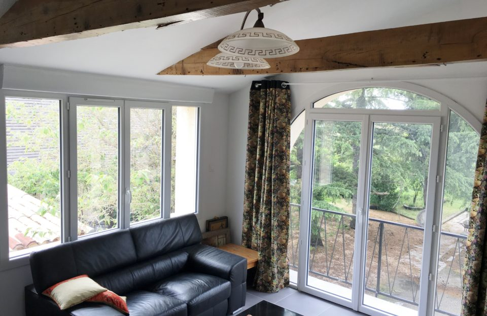 Cottage sleeps 6 with spa, terrace and private gar - Set Immo
