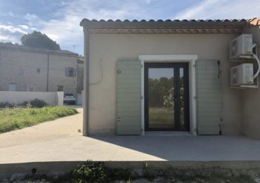 Local 28 m² centre de Collias (accessible PMR) - Set Immo