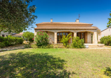 4 bedroom villa with garden and terrace - Set Immo