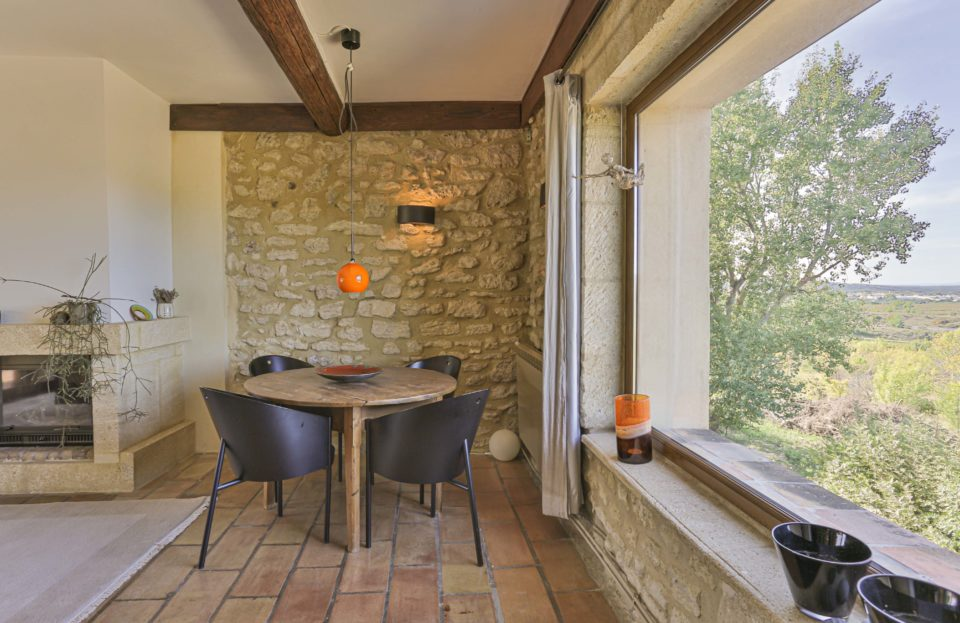 Renovated village farmhouse with open view 113 m² - Set Immo